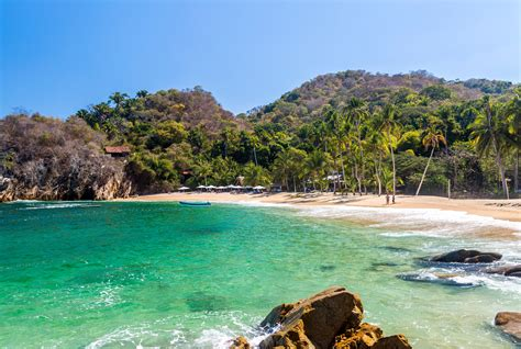 mexicos cleanest beaches  located  puerto