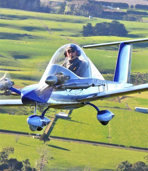 World Smallest Aerobatic