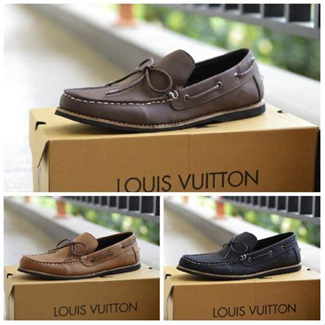 Jual Sepatu Santai Pria jual sepatu pria sepatu santai kerja sepatu lv zapato di