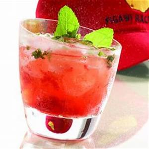 Coconut rum, Cocktails and Cranberry juice on Pinterest