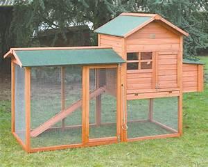 poulailler montral la ferme de beaumont poulaillers With table basse de jardin en plastique 8 poulailler morvan la ferme de beaumont poulaillers