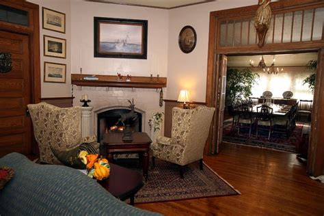 vine cottage inn photo