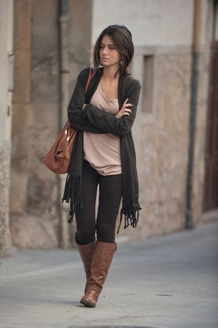 25+ best ideas about Brown Boots on Pinterest | Brown boots outfit Winter wardrobe and Outfits ...