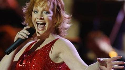 reba mcentire lyrics fancy reba mcentire confidently sings her classic country song