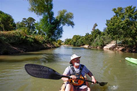 Boat Paddling Houston by Buffalo Bayou Paddling Routes Offer Different Perspective