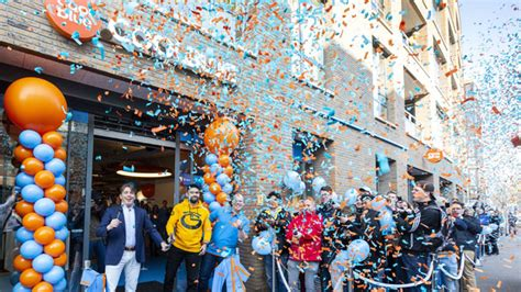 coolblue xxl winkel officieel geopend misschien wel de mooiste van nederland tilburgcom