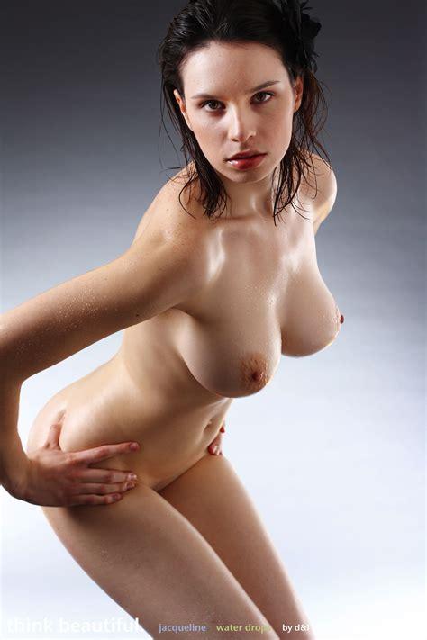 Wet Nude Model Jacqueline