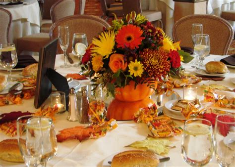 pumpkin center pieces pumpkin themed fall wedding unique wedding ideas and collections marriage planning ideas