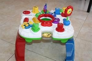 Table Eveil Bebe : table d 39 veil vtech 18 trop tard vendu stpe13 photos club doctissimo ~ Teatrodelosmanantiales.com Idées de Décoration