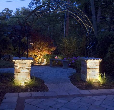 Hardscape Lighting by Hardscapes Outdoor Lighting In Chicago Il Outdoor Accents