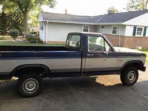 1985 Ford F150 Xl 4x4 Pickup Truck 4 9 Engine 4 Speed