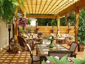 Decoration De Terrasse : d co terrasse pergola ~ Teatrodelosmanantiales.com Idées de Décoration