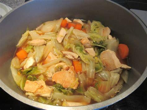 cuisiner un choux chinois potée de chou chinois et poulet diet délices
