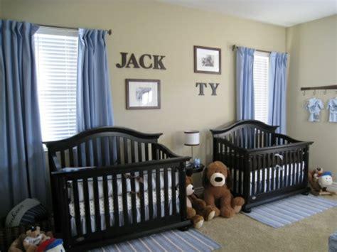 deco chambre jumeaux décoration chambre bébé garçon 20 exemples et idées