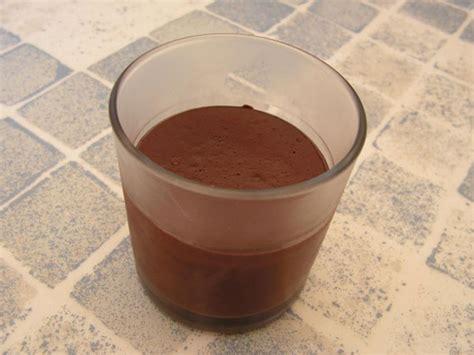 recette cr 232 me au chocolat noir et noisettes