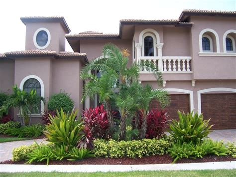 florida backyard landscaping florida landscapes landscape pinterest front yard landscaping front yards and red plants