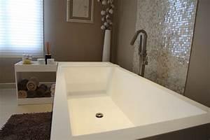 Reducteur De Baignoire Pas Cher : une salle de bains zen inspiration bain ~ Dailycaller-alerts.com Idées de Décoration