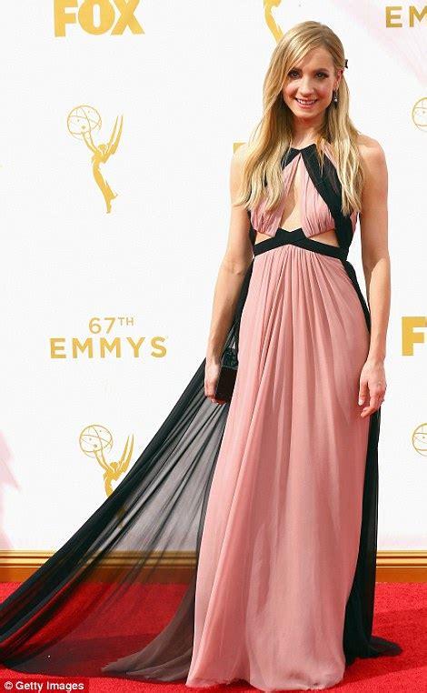 actress abby from jane the virgin sofia vergara and kerry washington shimmer on emmy awards