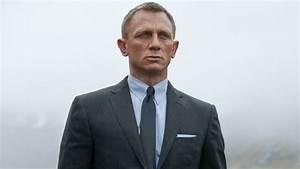 Daniel Craig Confirms He39ll Return For A 5th James Bond