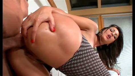 Sultry Brunette Whore With Big Ass Gets Anal Fucked In