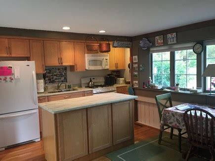 eastham kitchen cabinet eastham vacation rental home in cape cod ma 02642 1 2 3498