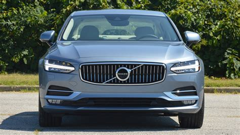 volvo loses swedens  selling car crown   time