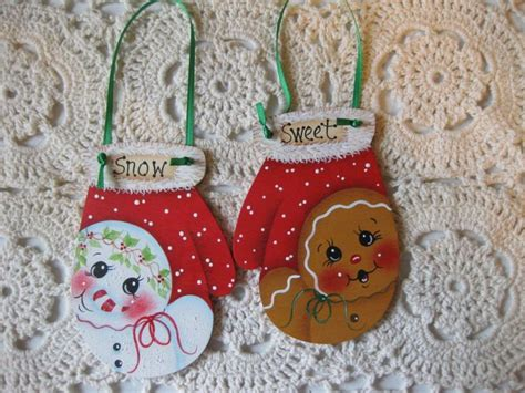 Hp Gingerbread Christmas Mittens Ginger And Snowman