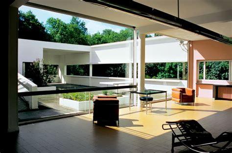 Interno Ville - villa savoye l architettura di le corbusier alle porte