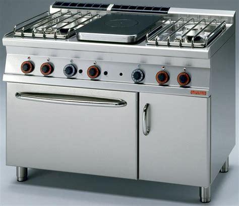 prof de cuisine equipement et matériel de réstauration cuisson grande