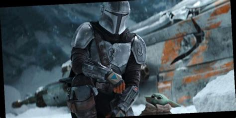 The Mandalorian & Child Travel To A Snowy Planet For ...