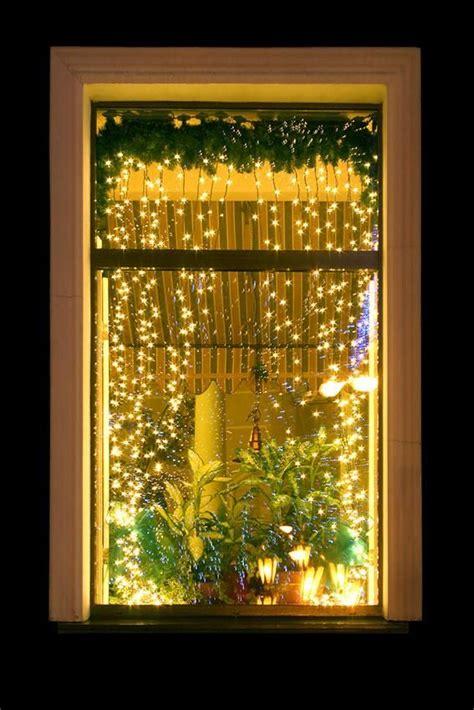 unique window christmas lights ideas  pinterest