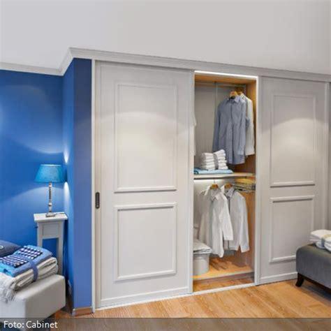 Und Schiebtueren Praktisch Und Platzsparend by Einbauschrank Mit Schiebet 252 Ren Reno Bedroom Closet