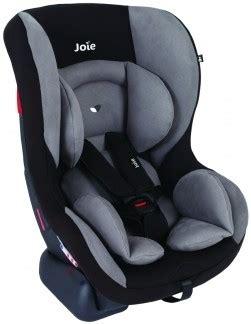 sièges bébé auto louez un siège auto bébé de naissance dans un relai familib