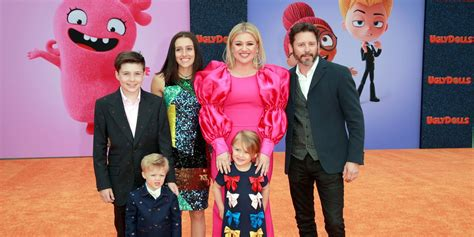 Who Are Kelly Clarkson's Kids? – The Blog Boat