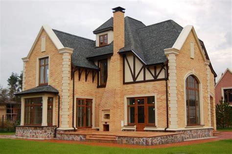 contoh desain rumah gaya eropa menarik  estetik