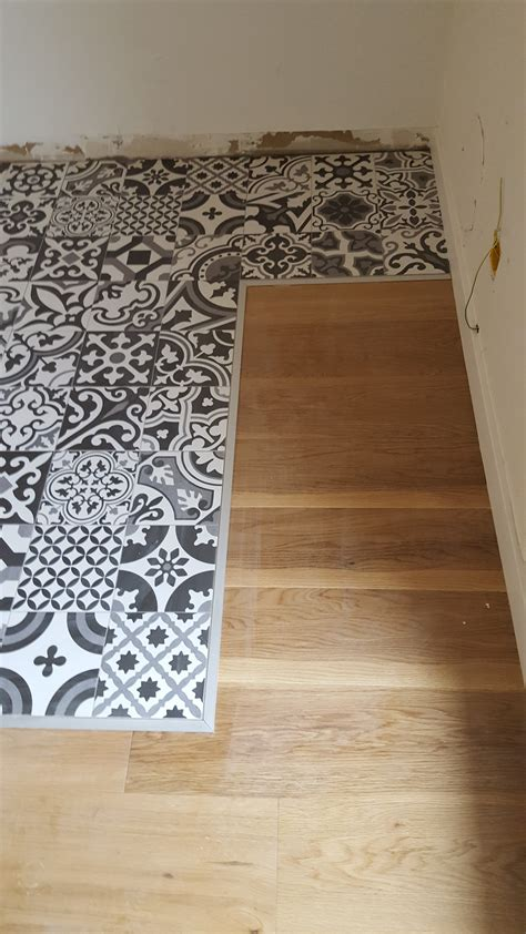 sol parquet et carrelage renovation d un sol en parquet contrecollee et tapis de carrelage
