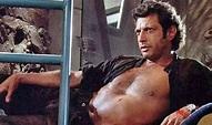 Jeff Goldblum's 'Jurassic Park's Shirtless Scene Is ...