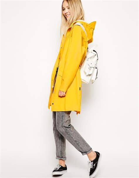 Best 25+ Yellow rain jacket ideas on Pinterest | Rain coats Yellow raincoat and Yellow rain boots