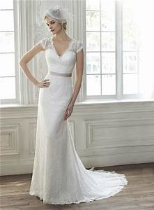 elegant mermaid v neck cap sleeve sheer back vintage lace With v neck cap sleeve wedding dress