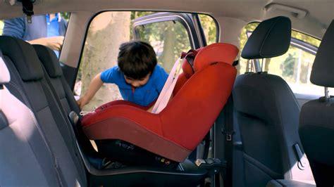 siege auto 5 ans 2way pearl le nouveau siège auto i size de bébé confort