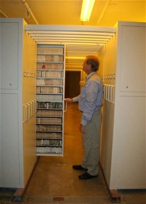 gemtrac sliding media storage cabinets