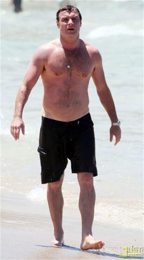 Liev Schreiber *****   Liev Schreiber on the beach   ****