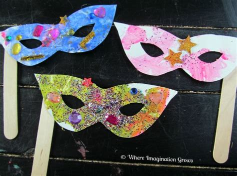 mardi gras mask craft for toddlers where imagination grows 221 | mardi gras mask craft1