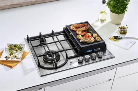 cuisine au gaz plaque gaz electrolux egh6349gox inox 4236696 darty