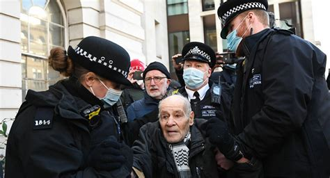 Police Arrest Several People Near London Court After ...