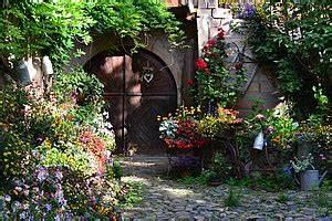 Welche Blumen Blühen Im Oktober : 20 tipps f r perfekte rosen bei mein garten ~ Bigdaddyawards.com Haus und Dekorationen