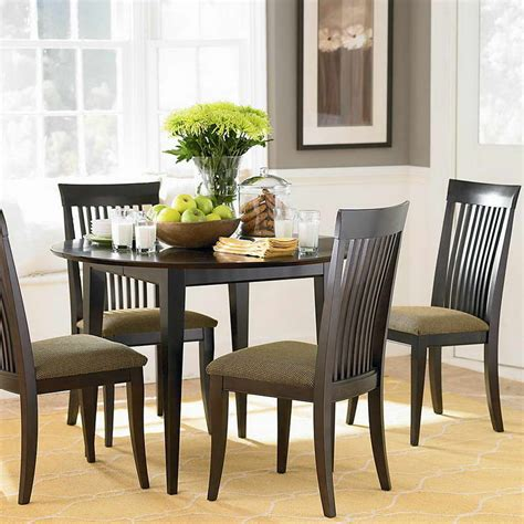 round dining table ideas bloombety dining table centerpiece with round table