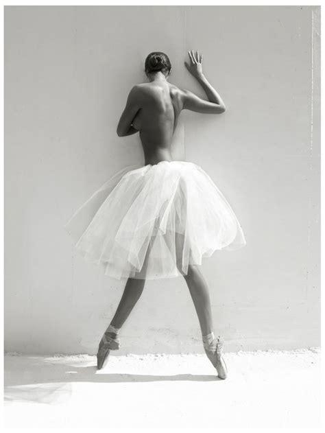 Topless Ballerina Photography Black White La Forme La Physique La Danse Pinterest
