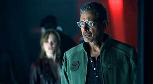 The Uninspired 'Independence Day: Resurgence' Is Recycled ...