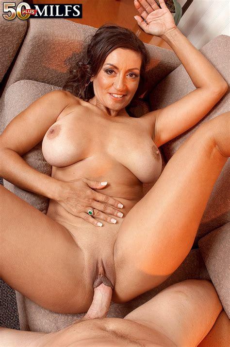 Persia Monir Milf Mega Porn Pics